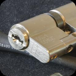sicurezza passiva valeri service cilindri di sicurezza
