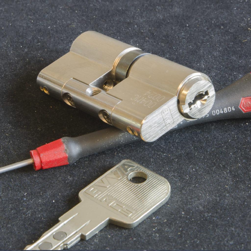 Valeri Service Chiavi Sicurezza riparazione serrature